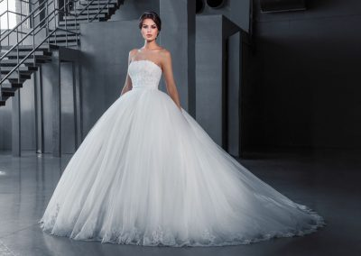 Love Bridal модел (7)